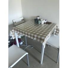 IKEA 白色正方形餐桌+四張餐椅