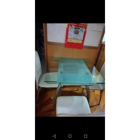 玻璃餐桌+4張椅子