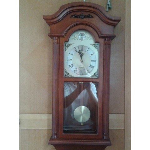 古典掛鐘(用乾電芯)