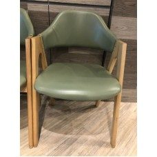 商業用 防火實木椅子