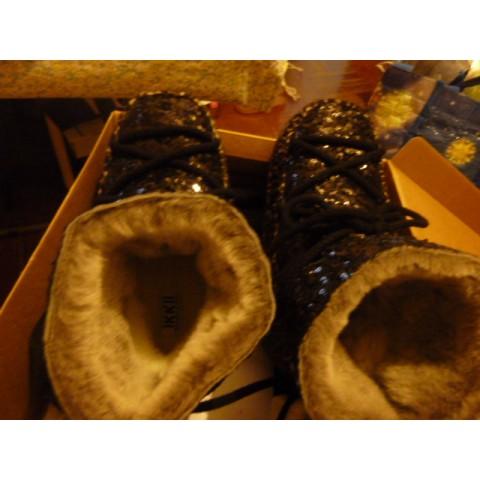 IKKII 冬天靴(內有毛毛) [在土耳其人手做handcrafted in Turkey] (我是37碼的, 但這靴要39碼才合)