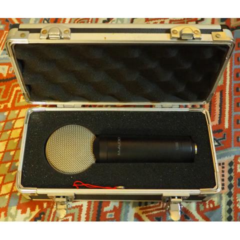 M-Audio Luna Studio Condenser Microphone with Case