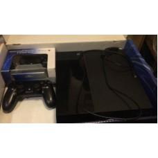 二手PS4 8成新