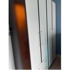 红蘋果木柜8成新高85吋x闊150吋x深23吋 $430