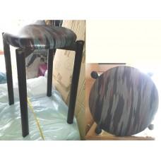 (全新) 樂天熊仔青綠色儲物箱/儲物椅 (有數張) 及 厚坐墊圓疊椅2張