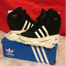 adidas內增高波鞋up