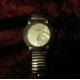 免扣式伸縮帶形腕錶