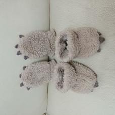 Baby Gap 可愛保暖熊爪造型手腳套